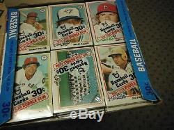 1978 Topps Baseball Cello Box with 24 unopened Packs