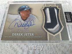 Derek Jeter 2017 Topps Dynasty Patch Auto #4/5 Yankees